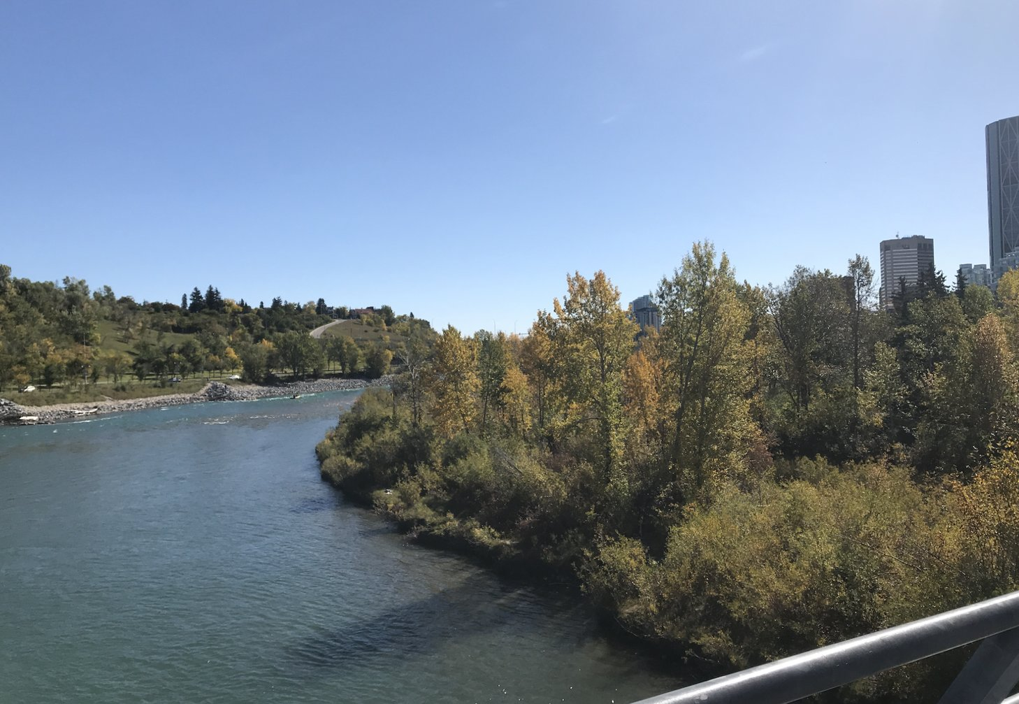 Calgary Bow River in the autumn